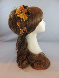 髪飾り 着物 成人式 振袖 袴 卒業式 結婚式 七五三 ちりめん細工 ・ちりめん 紐 リボン 髪飾り オレンジ・黒・ゴールド